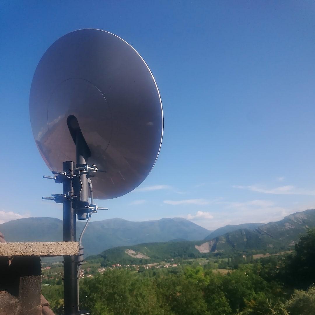 pose internet satellite STARLINK Grenoble